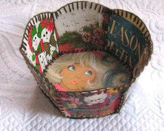 xmas basket bowl . Vintage Basket Bowl . 50s-60s Plastic Covered Sewn Christmas Cards .  8-Sided card bowl . retro card bowl