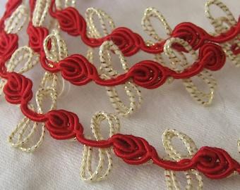 1 yd VINTAGE Red Flower Loop Gold Metallic Sewing APPLIQUE Trim