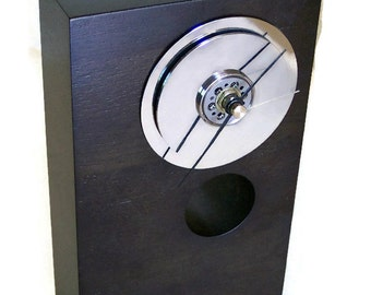 Deuce Modern Clock