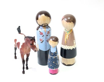 "Personalized Peg Dolls Family of Three // Fully Custom DELUXE Peg Dolls 7"" Fair Trade  3 Dolls -"