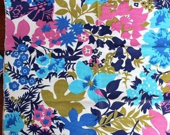 Floral Riot. Set of four vintage napkins.