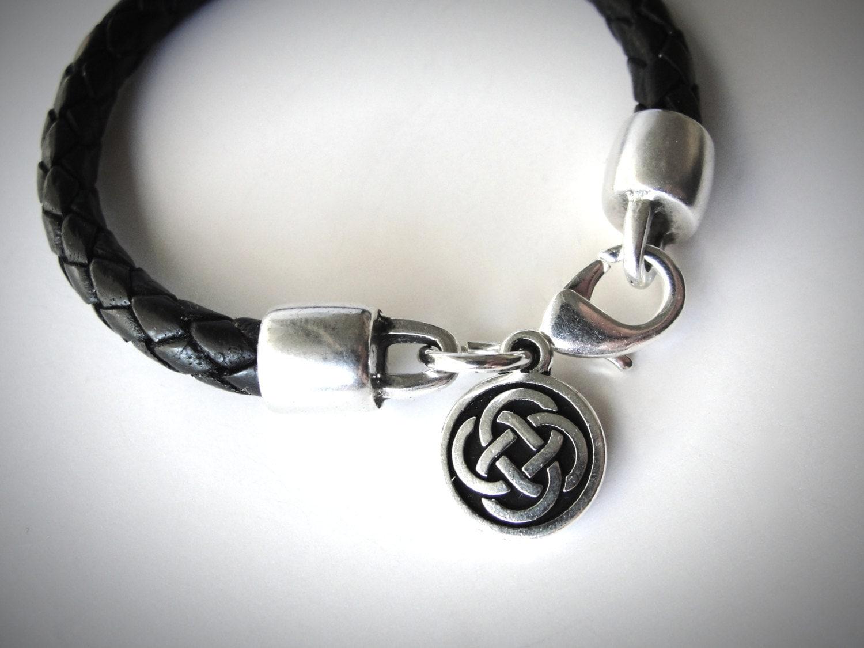 outlander leather bracelet celtic knot celtic bracelet irish. Black Bedroom Furniture Sets. Home Design Ideas