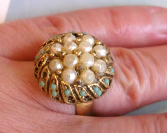 shabby WEAR or FIX ME vintage turquoise and pearl cocktail ring