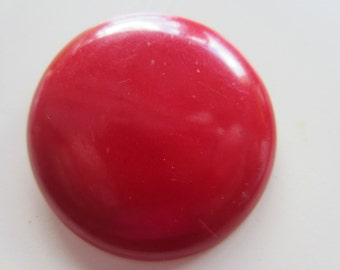 Vintage Buttons - lot of 1 extra large (2 inch) red light weight celluloid novelty (mar 238)
