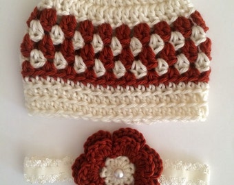 Newborn twin beanie and headband set.. Biy girl twin set.. Photography prop.. Ready to ship