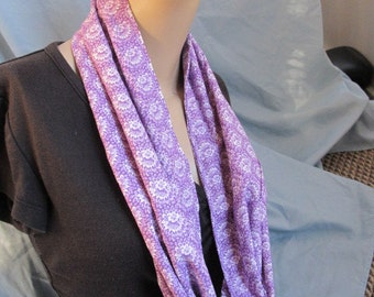 SALE - Purple and White Print Cowl/Circle Scarf/Infinity Scarf (4439)