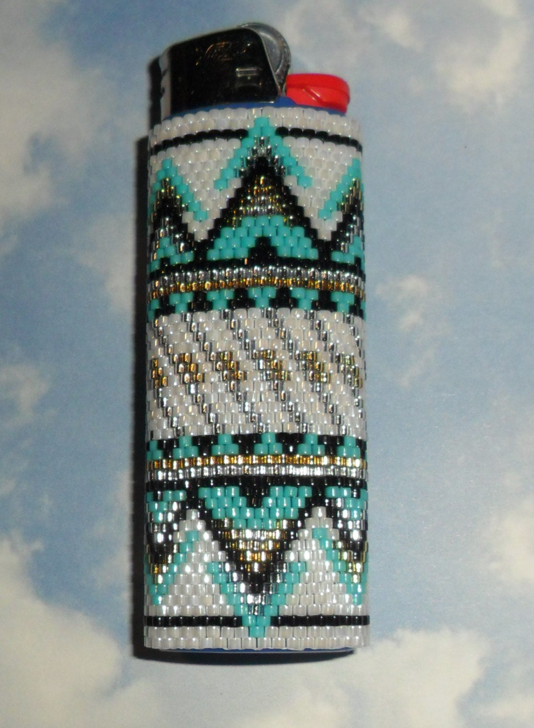 Sante Fe Beaded Lighter Case by SoaringHawkTraders on Etsy Native American Wolf Paw