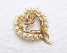 Vintage Heart Brooch Trifari Jewelry Pearl P5946