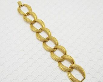 Wide Chain Bracelet Vintage Napier Jewelry B6242