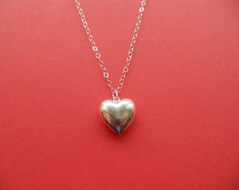 Sterling silver plate puffy heart necklace
