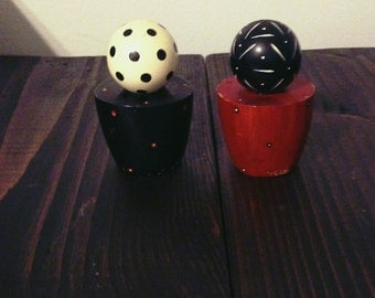 Vintage 90s Salt and Pepper Shakers