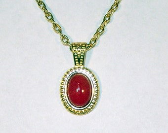 Red Mountain Jade in Gold
