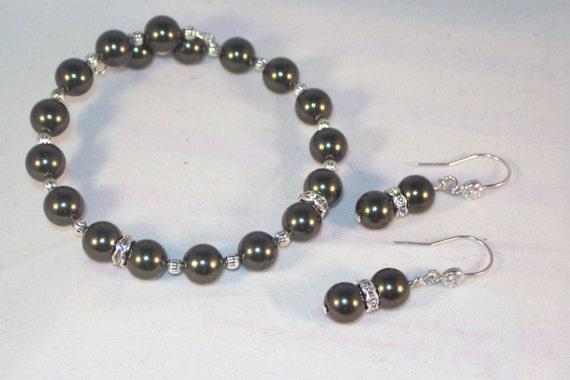 Swarovski Pearl and Crystal Jewelry - Dark Green Austrian Pearls Bracelet and Earrings