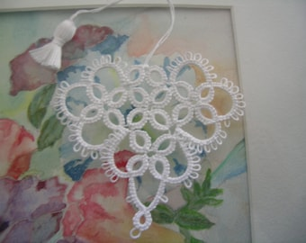 Valentine Tatting White Heart Bookmark Seasoned With Love