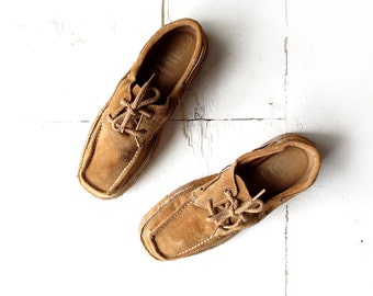 Vintage Suede Shoes / Men's Oxfords / Chukka Shoes / 70s Men's Shoes / Size 8