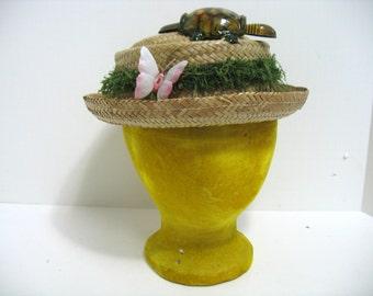 Vintage Hawaii Straw Grass Tin Turtle Nodder Hat Hawaiian Beach Hat