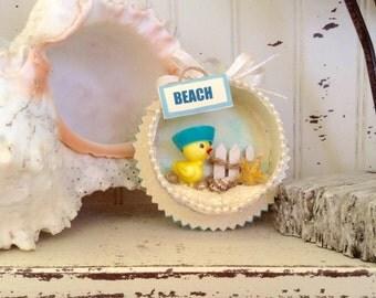 Sailor Chick at Beach Diorama/Shadowbox