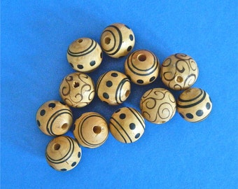 12 Wooden Round Beads Black Designs Dots & Swirls