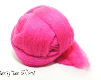 RASPBERRY - Wool roving, Merino combed top, spinning, felting, roving