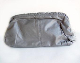 Vintage Handbag Dark Gray Clutch Ruched Leatherette , Early 1980s E-Lan Label Fashion Shoulderbag