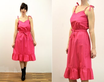 Bright Pink Vintage Spaghetti Strap Knee Length Sundress
