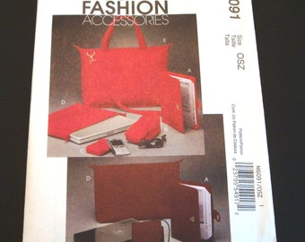 McCalls 6091 - Techie Cord Case Pattern - Laptop Case Pattern - E-Book Reader Cover Pattern - Sewing Pattern
