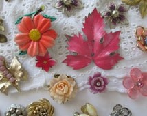 Enamel Flower Jewelry Lot Rhinestone Jewelry Lot Vintage Jewelry Pieces Craft Lot Jewelry Rhinestone Earring Pieces