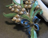 Lovely Enamel Floral Pearl Dress Clip Vintage 30's