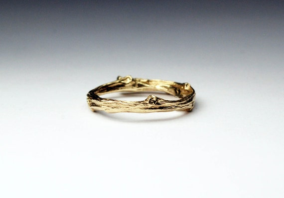 Tompkins Square Park Gold Twig Ring -closed circle
