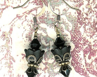 Lucite Flower Earrings, Crystal Swarvoski Earrings, Romantic, Black Earring, Victorian, Art Nouveau, Brass Vintage Earrings, My Julie Jewels