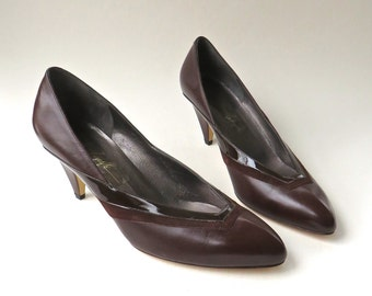 Avant Garde vintage Amalfi Dark Chocolate Brown Leather Pumps NOS / Made in Italy