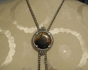 """Lovely Vintage Bolo Tie - Polished Stone with Silver Casing-35"""" Brown/White Cord   (Item 356)"""