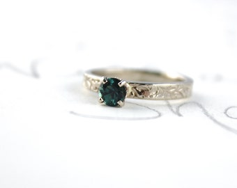 Montana sapphire engagement ring . unique gold engagement ring . alternative engagement ring . ready to ship engagement ring . size 5.5