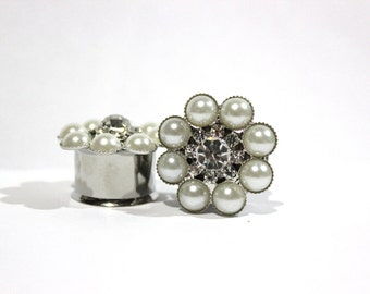 """Pearl and Crystal Flower Plugs 3/4"""" 7/8"""" 1"""" 19mm 22mm 25mm"""