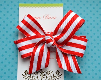 Preppy Stripes in Red and White Classic Diva Bow