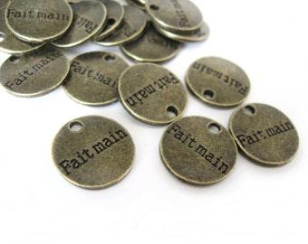"10 Round metal tags ""Fait main"""