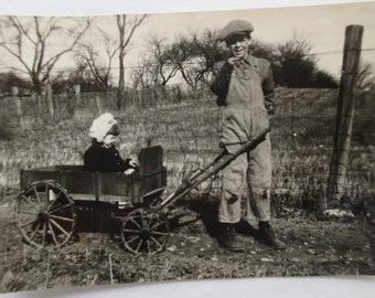 1920's PHOTOGRAPH of Children and STUDEBAKER Style Wagon