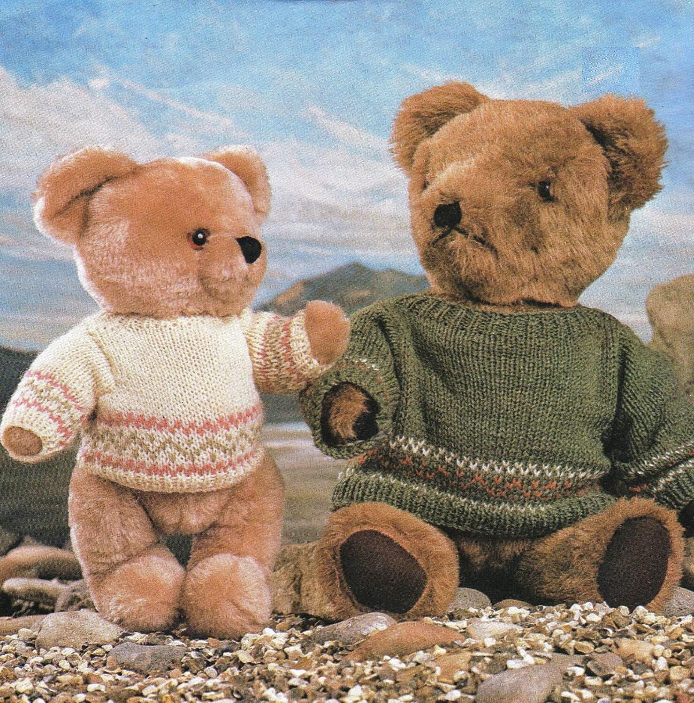Post Free Teddy Bear Clothes Knitting Pattern / 8ply Yarn
