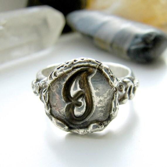 Monogram Wax Seal Ring. Sterling Silver Initial Ring. Art Nouveau Ring. Monogram Ring. Personalized Ring. Signet Ring. Keepsake Ring.