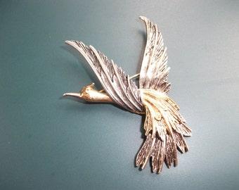 Vintage Signed Art Bird In Flight Brooch Pin