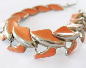Articulated Bracelet Enamel Salmon Silvertone 1950's Orange
