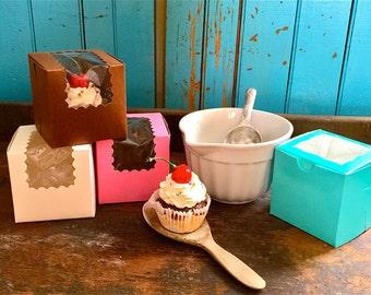 cupcake boxes-pink cupcake boxes-brown cupcake boxes-blue cupcake boxes-pretty cupcake boxes-unique cupcake boxes-single cupcake boxes