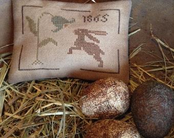 Rabbit and Tulip Pillow Tuck/Pinkeep