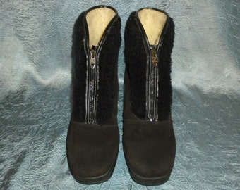 Vintage - Snowland - Black - Suede Shearling - Zip Front - Warm - Ankle - Boots - size 7 , E 38