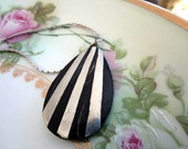 Vintage MidCentury Modern Wood silver Drop Pendant Necklace