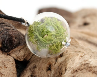 Natural reindeer Moss glass orb globe necklace jewelry with green reindeer moss lichen- Autumn Christmas winter pendant