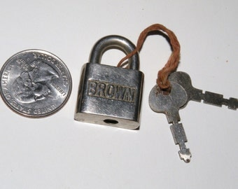 Vintage Lock with 2 Keys Quarter Size