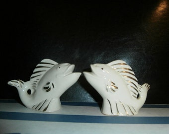 Salt & Pepper Shakers: Fish Cream Color - Gold tone Accents-  Vintage Ceramic Fish MINT
