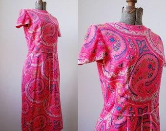 Chelsea Wool Challis Dress • 1970's Hot Pink Paisley Dress • Challis Wool Paisley
