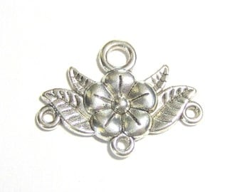 8 Jewelry connectors antique silver connector links  jewelry findings flower connectors 32mm x 23mm  Ea973(YY2)